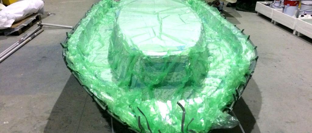 fibra di carbonio Friuli; Applicazione sottovuoto; sottovuoto carbonio; sottovuoto epossidica; stampaggio sottovuoto; vacuum bag; ultralight amphibious vacuum lamination