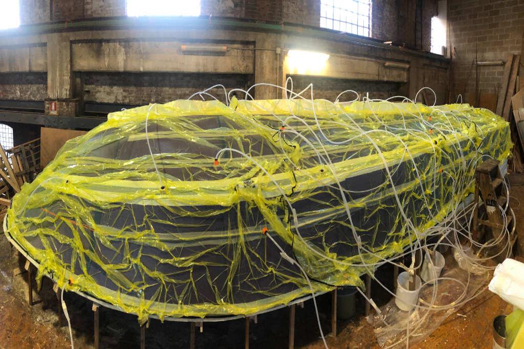 taxi di Venezia in compositi, costruito da TL Compositi per cantiere Tagliapietra