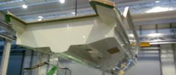 fibra di carbonio Friuli Venezia Giulia; Infusione scafo; Scafo prototipo; hull; full infusion; full demoulding; full demolding; estrazione stampata scafo; estrazione scafo